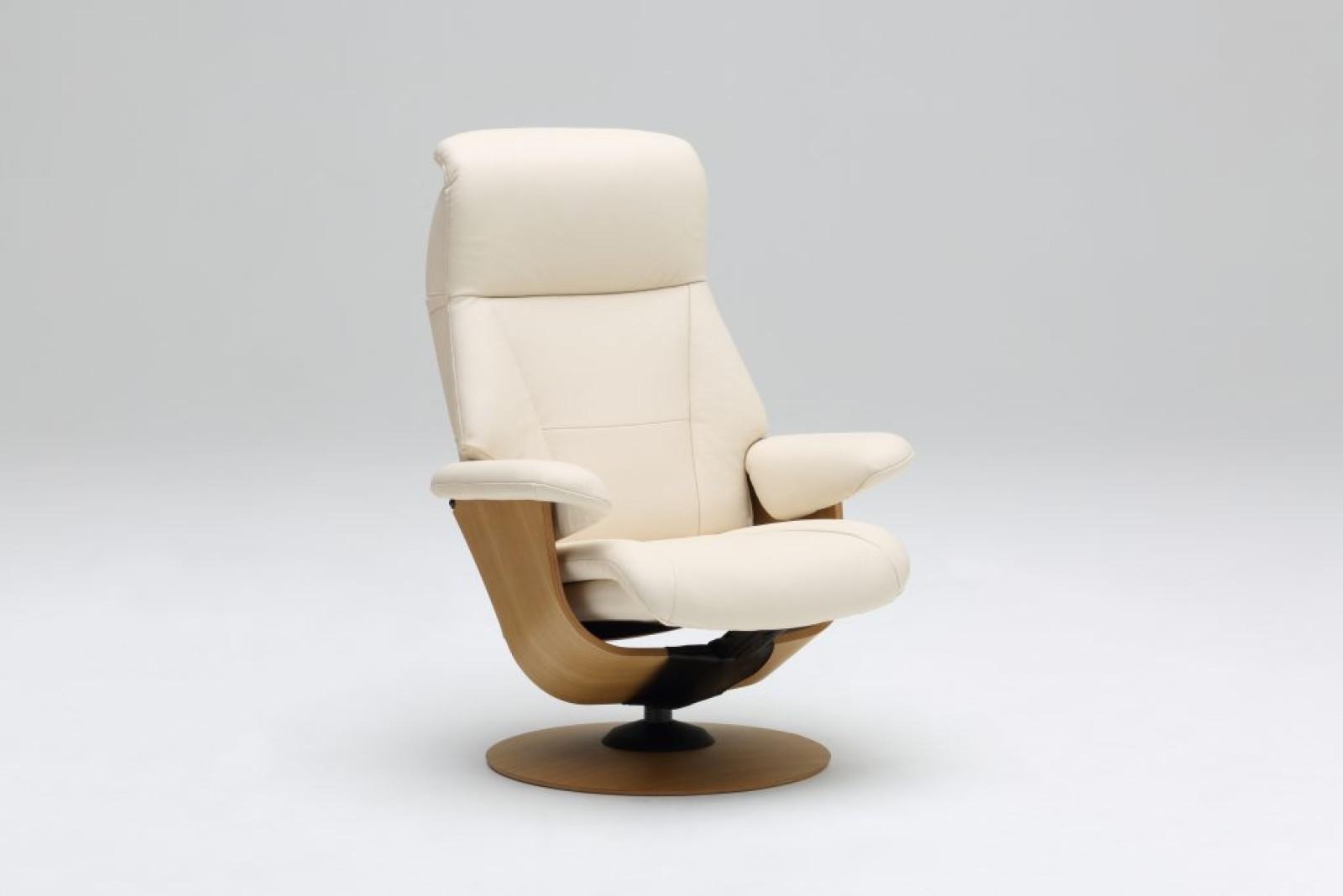 最上級の座り心地のリクライナー/R113・R110モデル