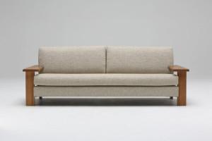 素材感のあるアームデザインが美しいソファ/W182モデル